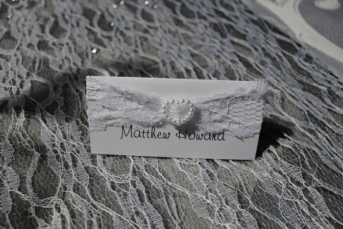 Lovely Lace name card in white