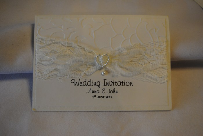 Lovely Lace guest book