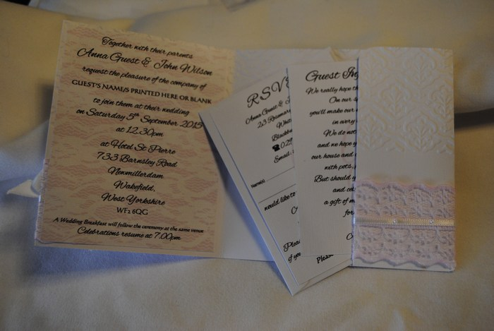 Chantilly Lace side pocket fold day invitation,inside view