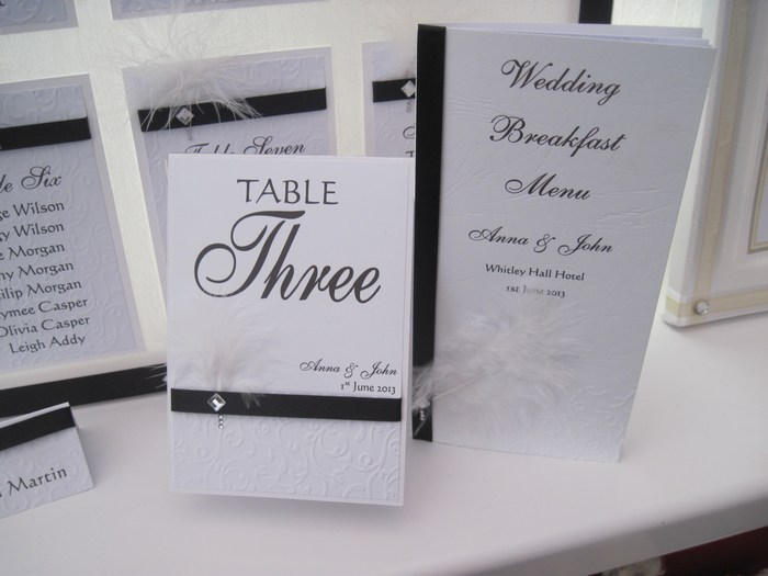 Diamante Feather table number and menu