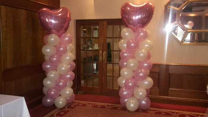 Balloon Column with foil heart topper in baby pink & white