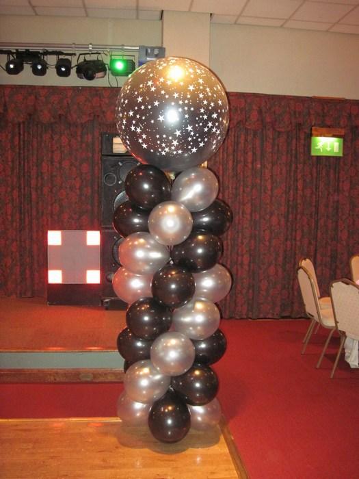 Balloon Column with foil heart topper & mini balloons, gold & white
