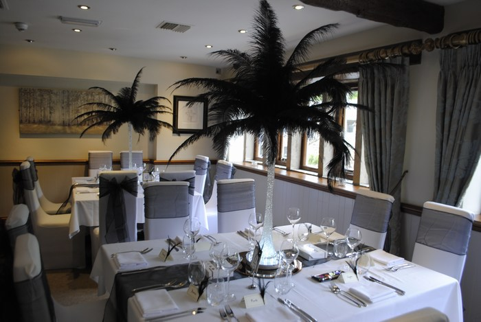 Ostrich feather Centrepieces with Black Feathers