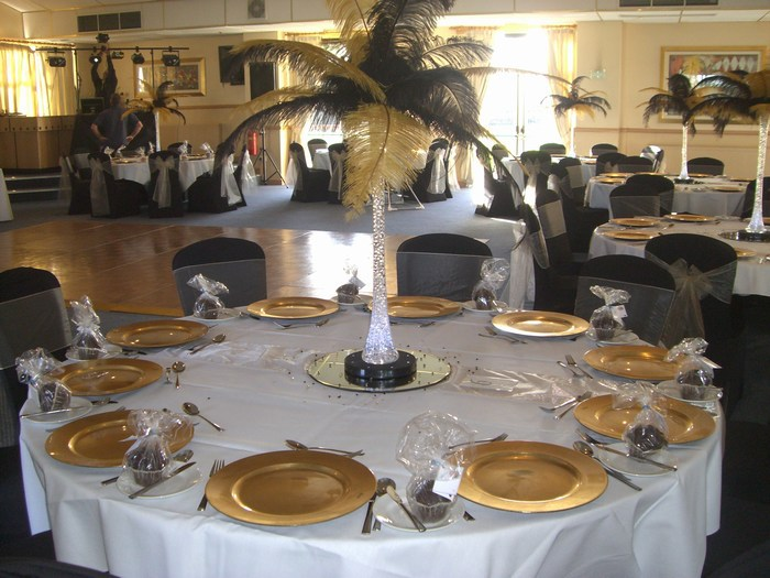 Ostrich Feather Centrepieces with Gold & Black Mixed Feathers