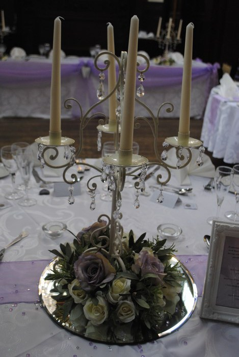 Cream Short Candelabra with Cream and Lilac rose ring