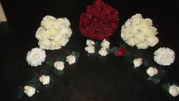 Bridal Bouquet artificial roses in red and cream