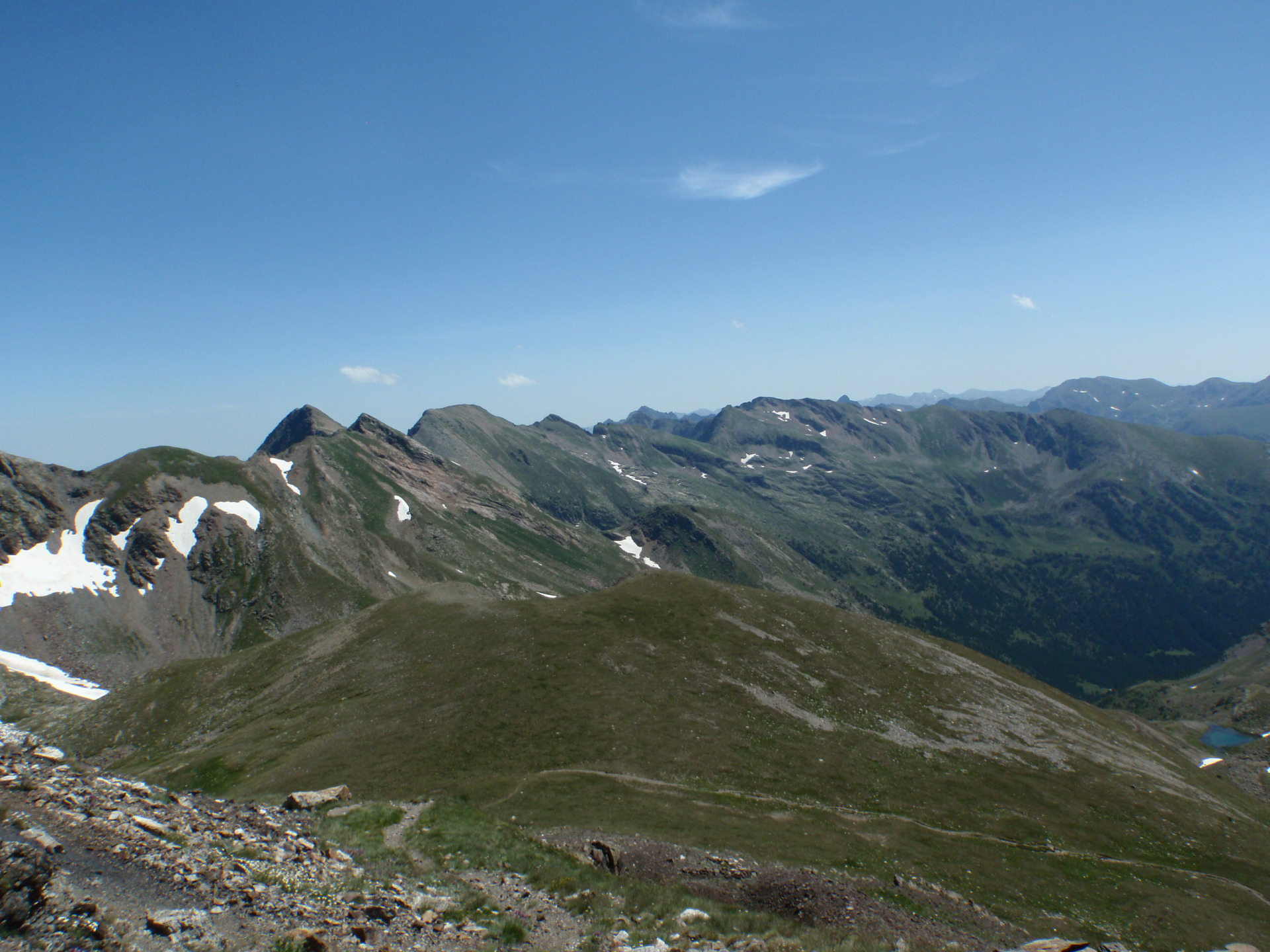 A taste of the Pyrenees (4): the wilderness Pyrenees (near-eastern Pyrenees)