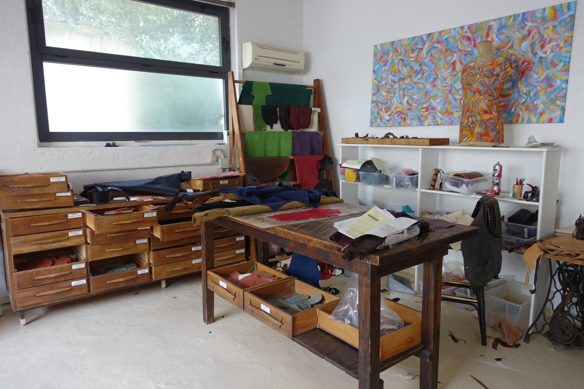 One of the artisan studio for custom designs