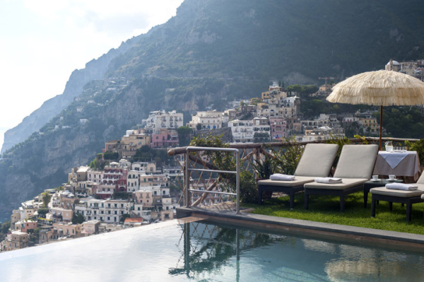Elegance and privacy above Positano