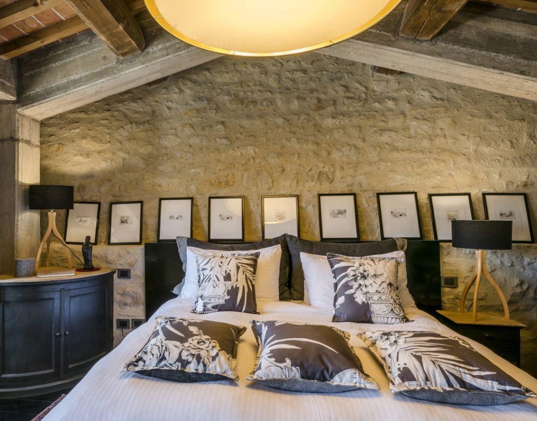 HIDEAWAY SUITE LOFT BEDROOM