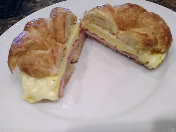Ham 'n Cheese Egg Croissant