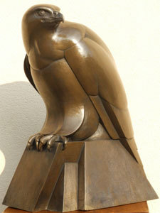 bronze resin buzzard, buzzard sculpture by Ama Menec, large resin buzzard.