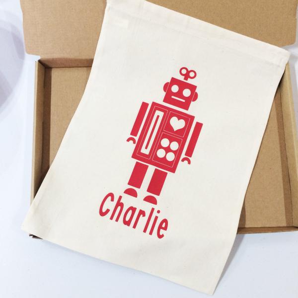 Robot - £8