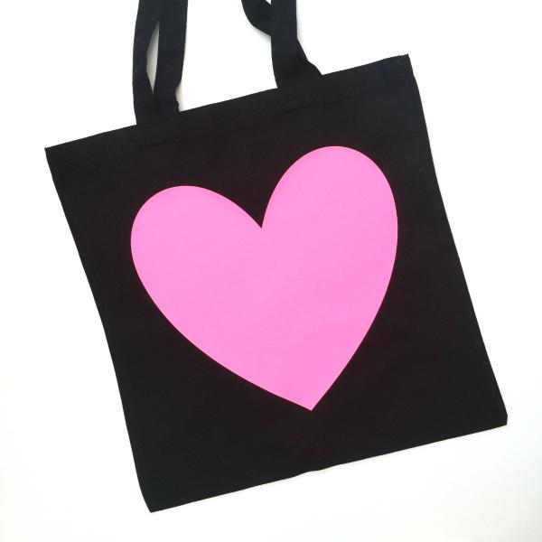 Neon Heart - £10