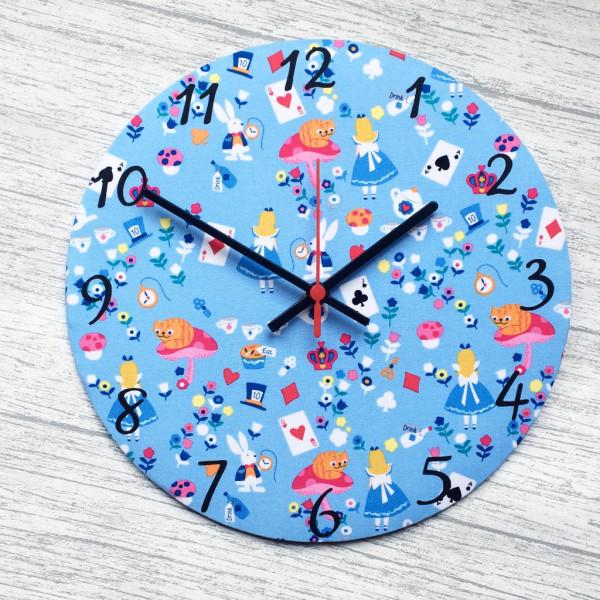 Alice in Wonderland Clock - £20