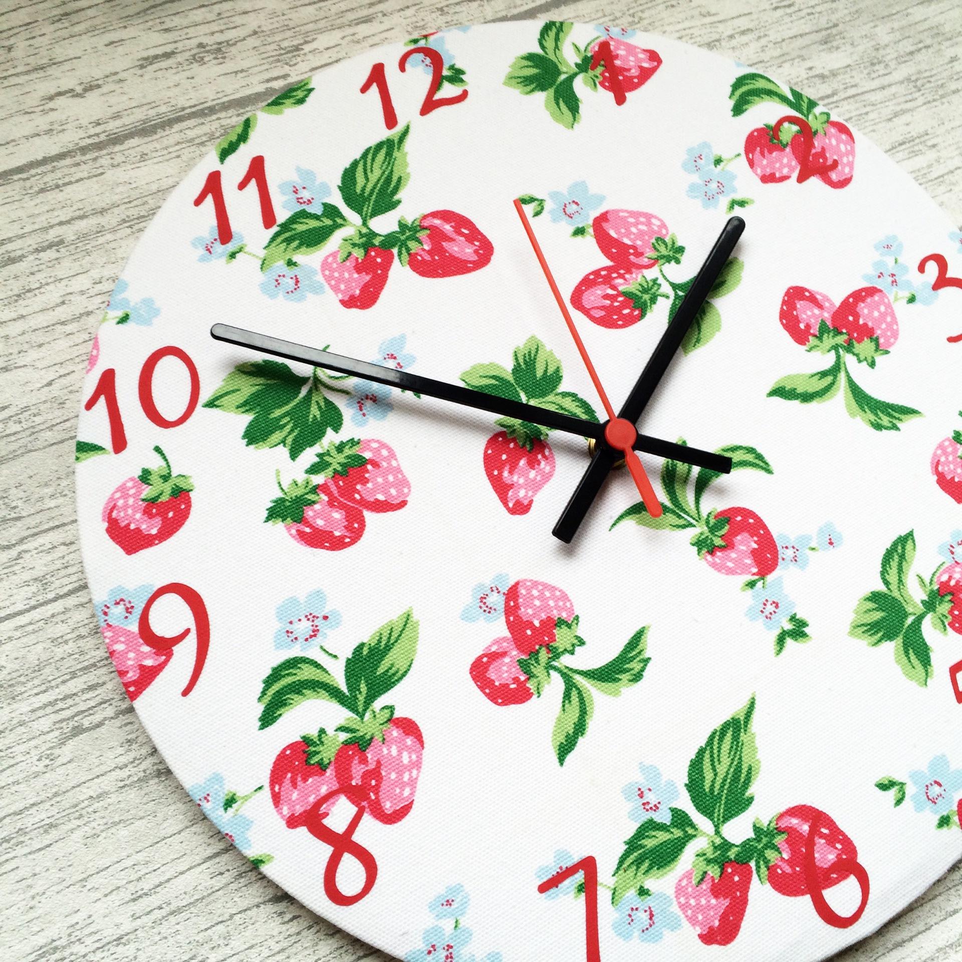 Strawberry Clock - £20