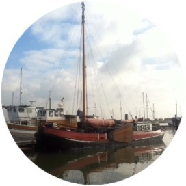 Drie Gebroeders, historic Dutch sailing barge