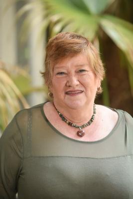 Elaine Cutrer