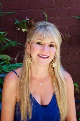 Shelly Deynoodt