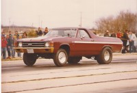 Bill James 1972 El Camino at the race track