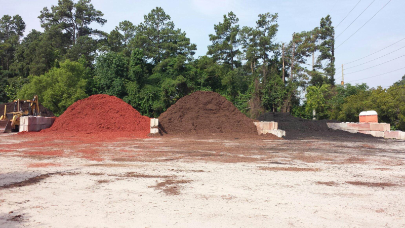 Mulch Topsoil Red Black Brown Yard Tree