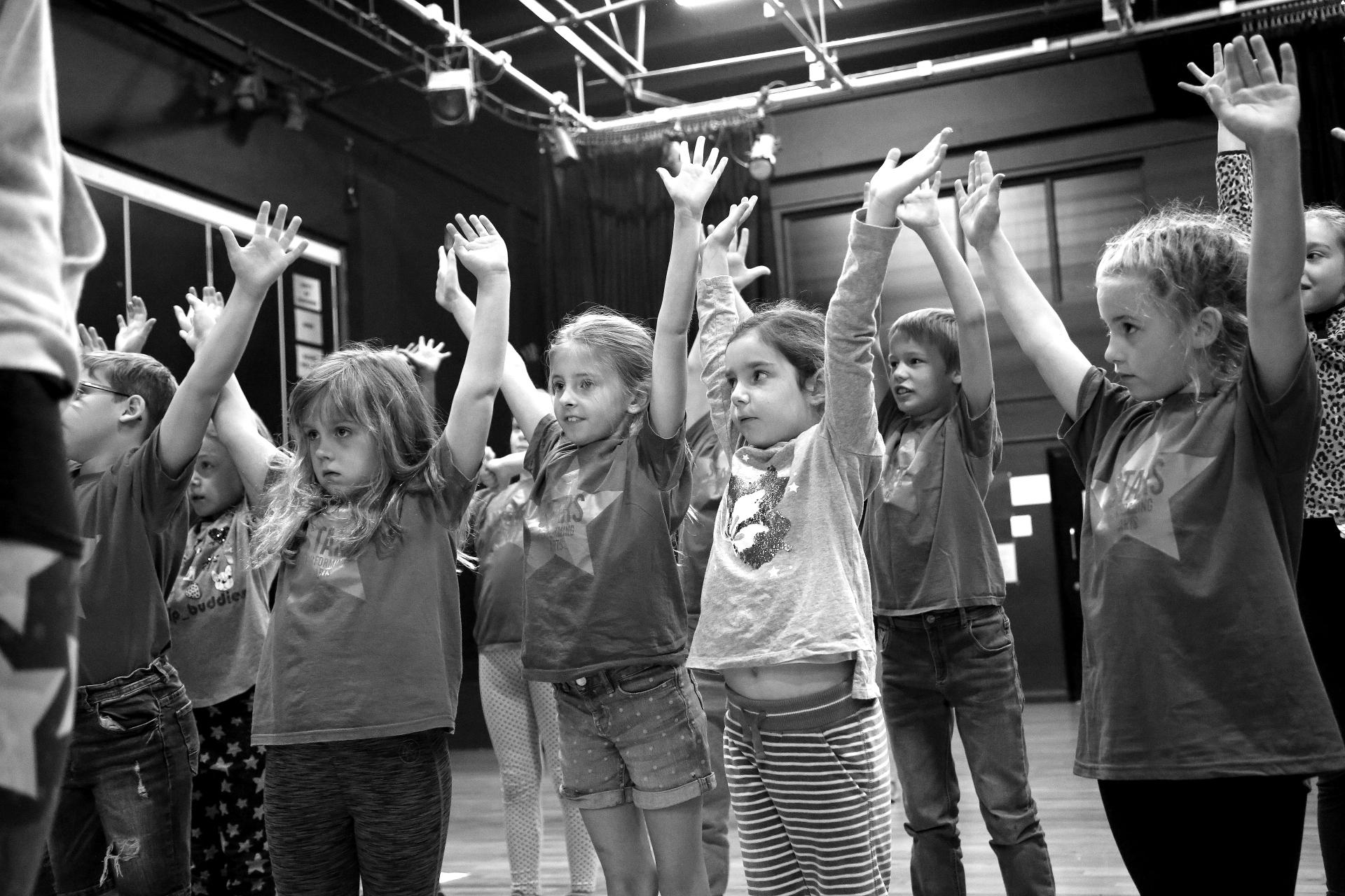 RISING STARS Dance & Drama Aged 7-9.