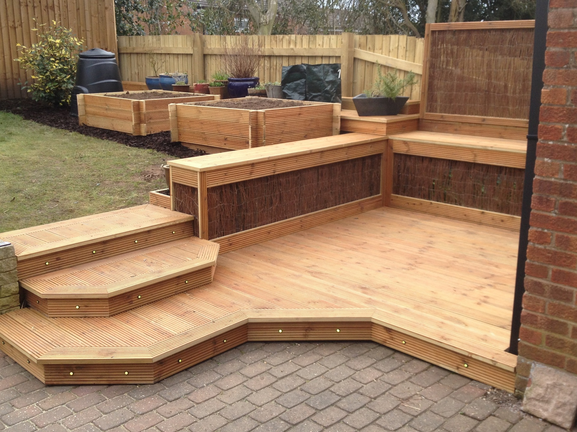 Bespoke decking installation Stratford-upon-Avon