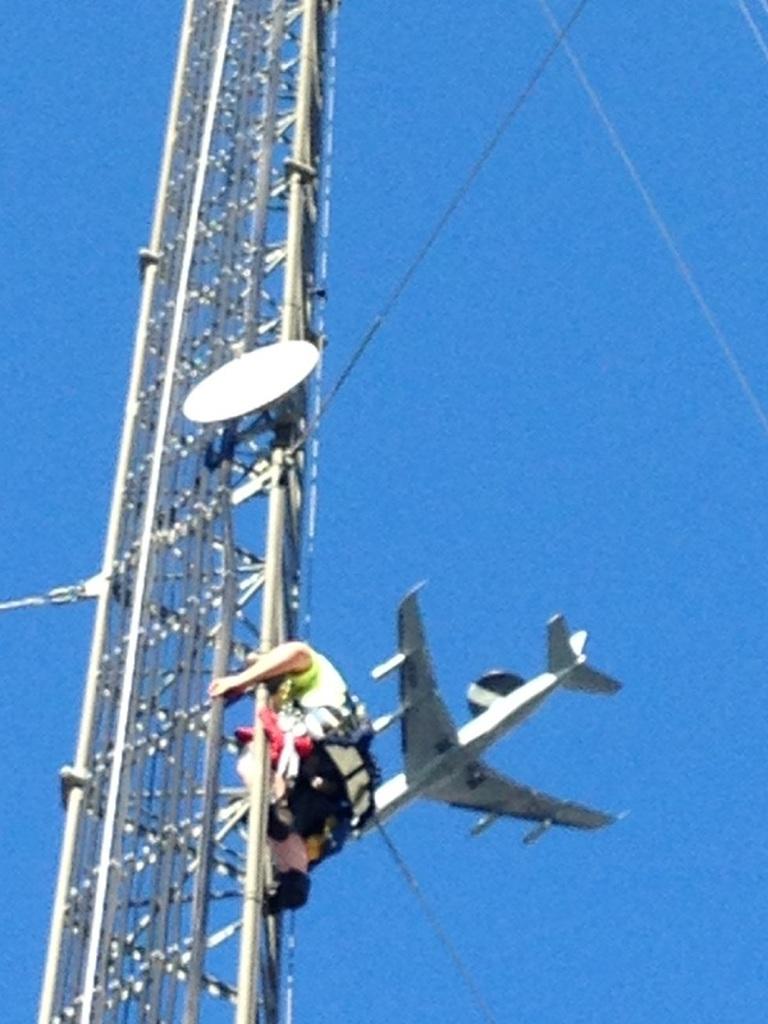 Installing Antenna