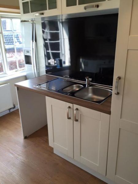 Worktops, decorating, Flooring