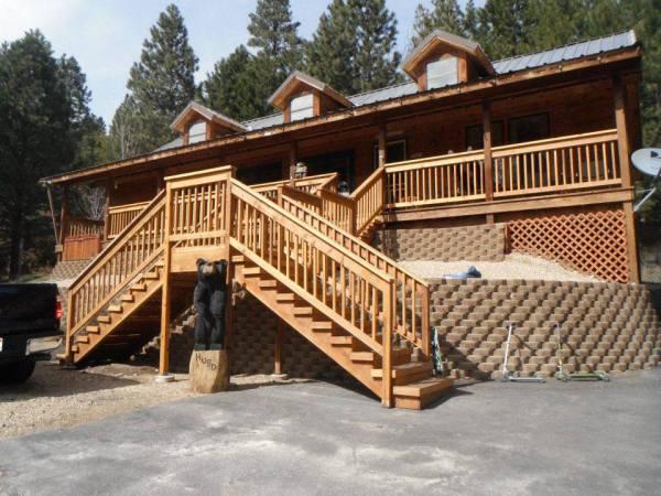 Deck Railing & Staircase