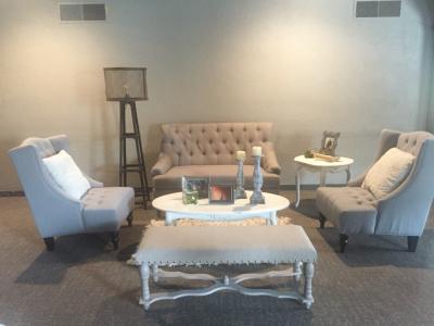 Urban Romantic Lounge Area