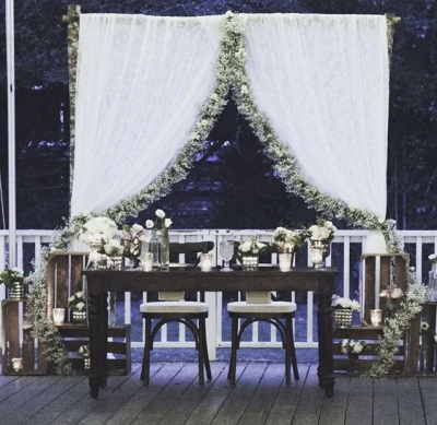 Jack farm table / lace curtain sweetheart staging