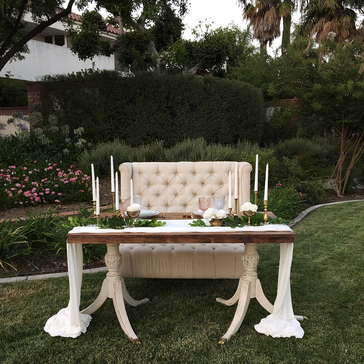 Architectural farm table romance