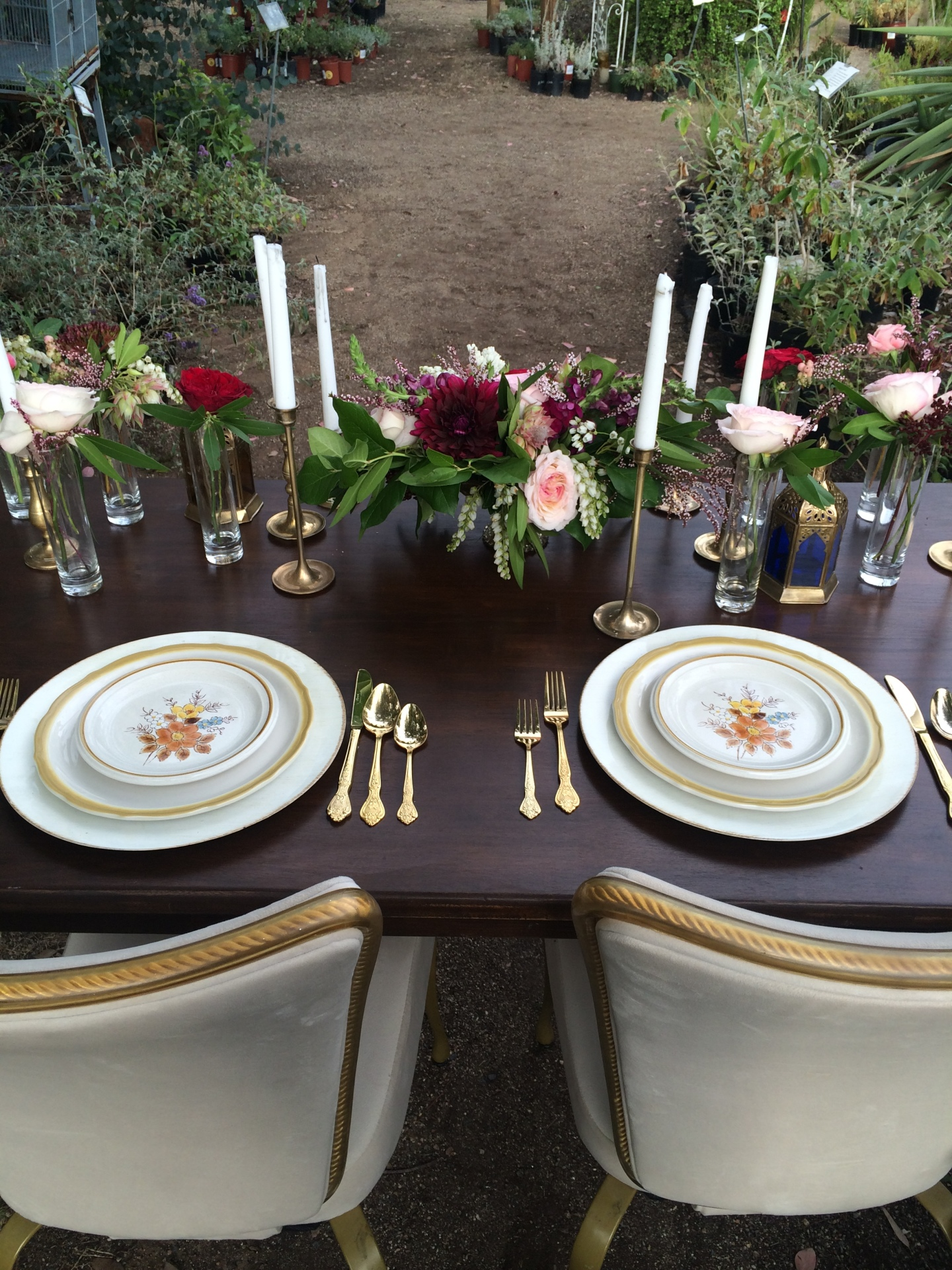 Vintage ivory/gold detailed chairs