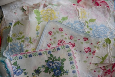 Projects, projects, projects - Grandma's Hankerchiefs and other UFO's