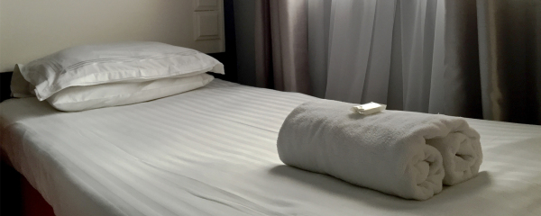 Single Bed at the New Oxford Blackpool.
