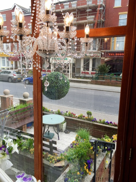 The New Oxford Hotel Blackpool a View to Outside.