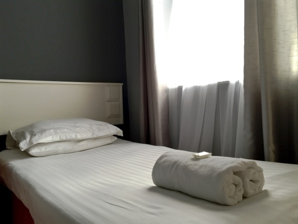 The New Oxford Hotel Blackpool Single Bed.