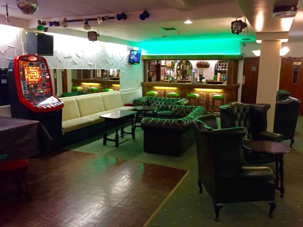 The New Oxford Hotel Blackpool Bar and Seating Area.