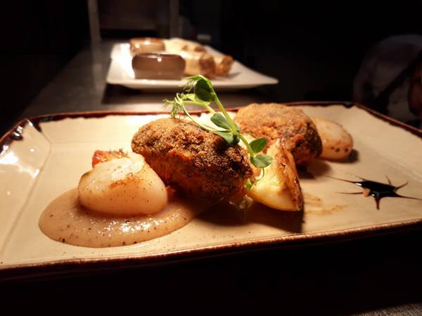 Scallop and black pudding nuggets