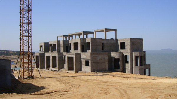 ZhouWenJun-Seaview-Townhouse-Design-05