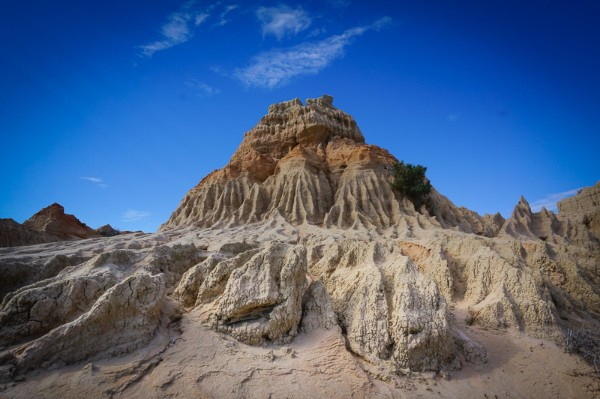 The Mungo Lunette Clay Formation