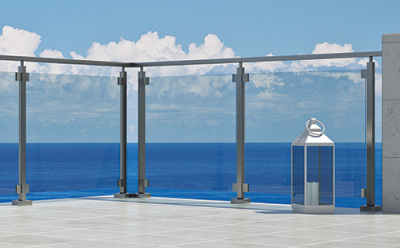F50 Horizon Square X-Rail                                                                                                      The base system Horizon X-Rail in conjunction with square blocks. The harmony of austere lines and unique view on the terrace.                                                                                                     System Stylish and ultra transparency.