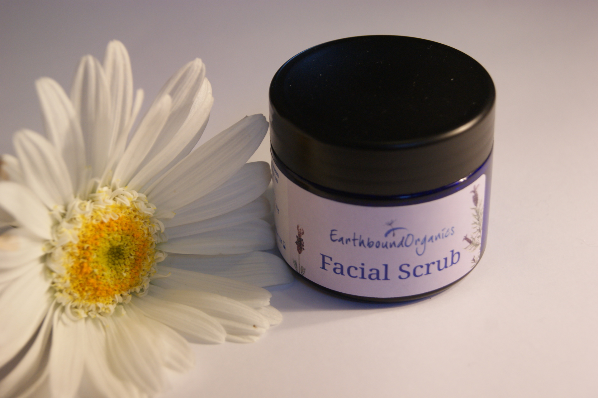 Earthbound Organics - Facial Scrub