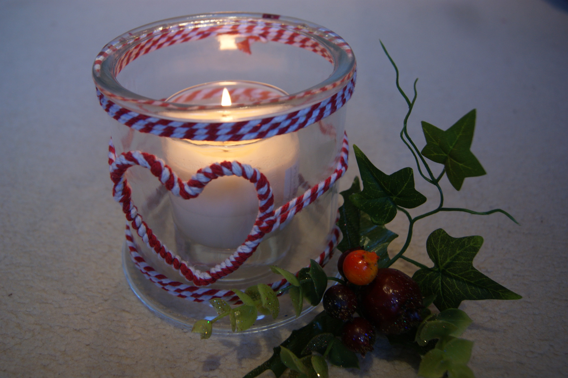 The Contemporary Home - Nordic Christmas Heart Glass Lantern