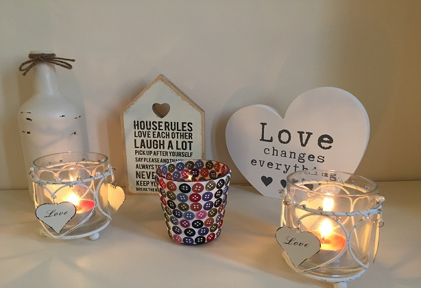 Hearts & Home – Shabby Chic Candle Holder