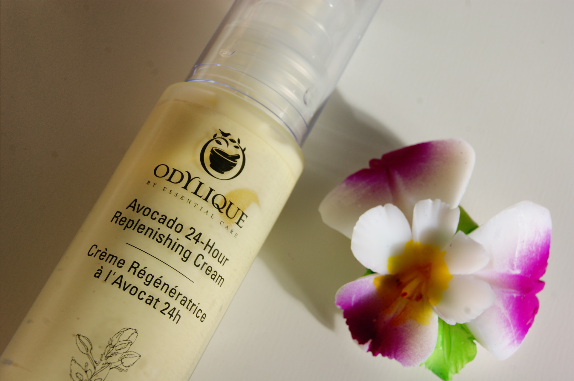 Odylique - Avocado Replenishing Cream