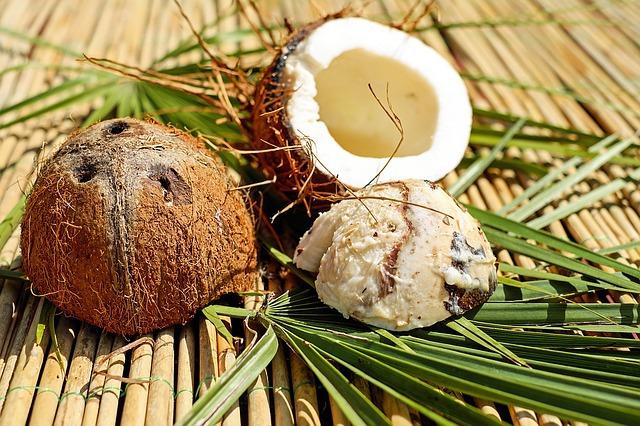 Coconut Oil In Skincare