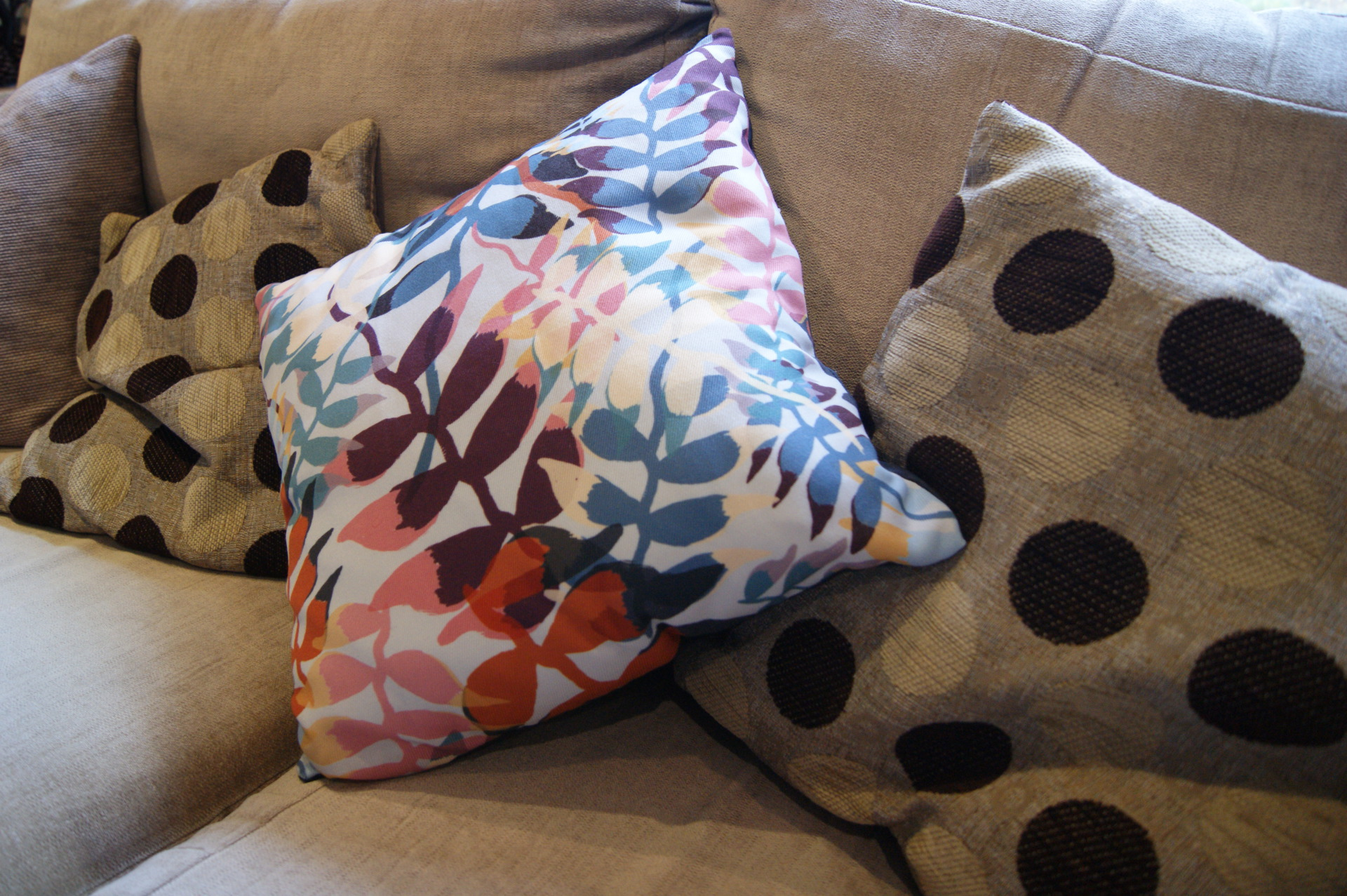 Chloe Rutherford - Floral Pod Cushion