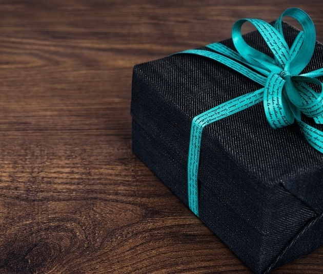 Ideas that will make your gift more memorable